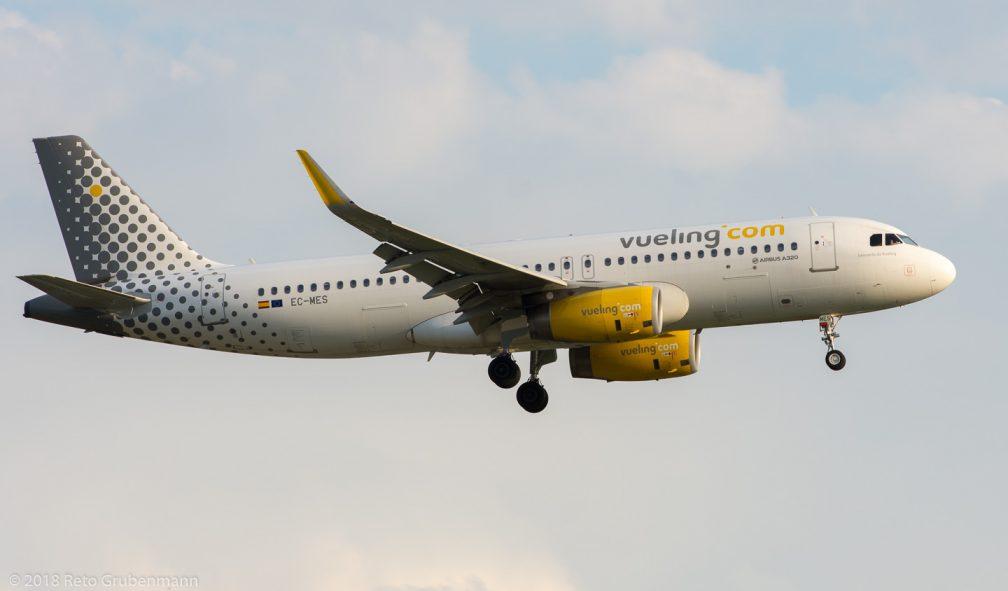 vueling_A320_EC-MES_ZRH180710