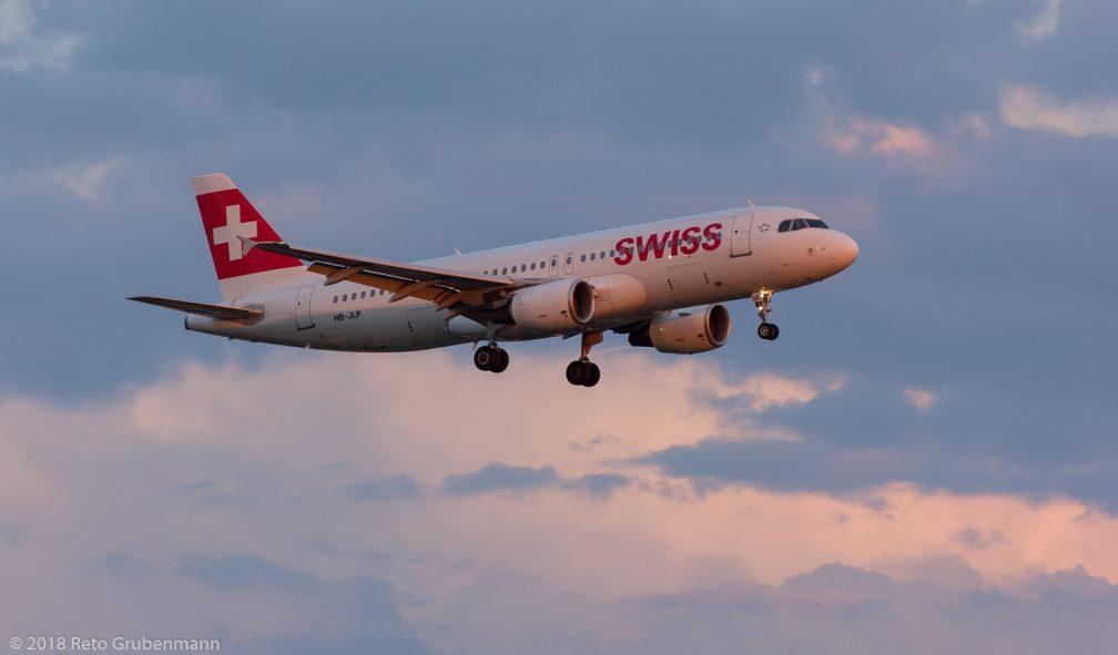 Swiss_A320_HB-JLP_ZRH180713
