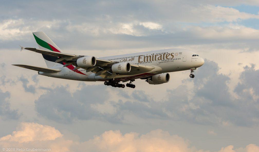 Emirates_A388_A6-EUJ_ZRH180714