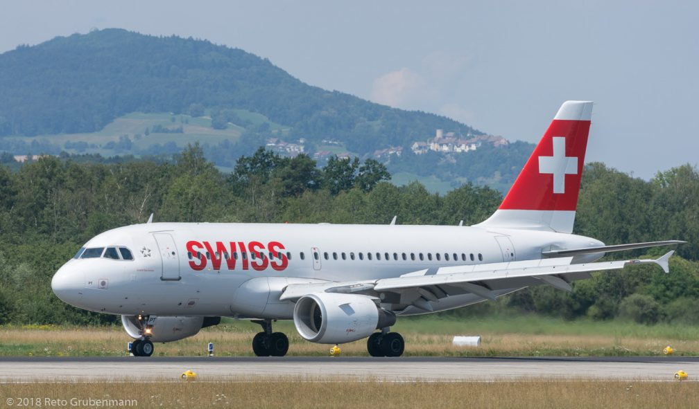 Swiss_A319_HB-IPT_ZRH180714