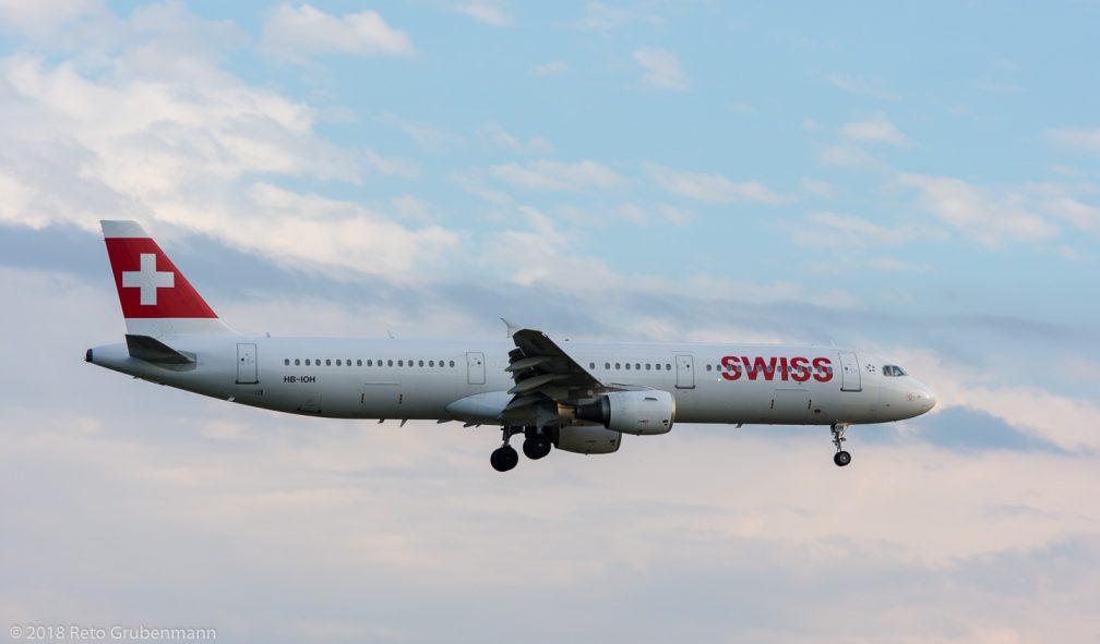 Swiss_A321_HB-IOH_ZRH180714