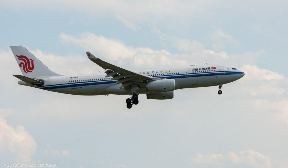 AirChina_A332_B-6113_ZRH180715