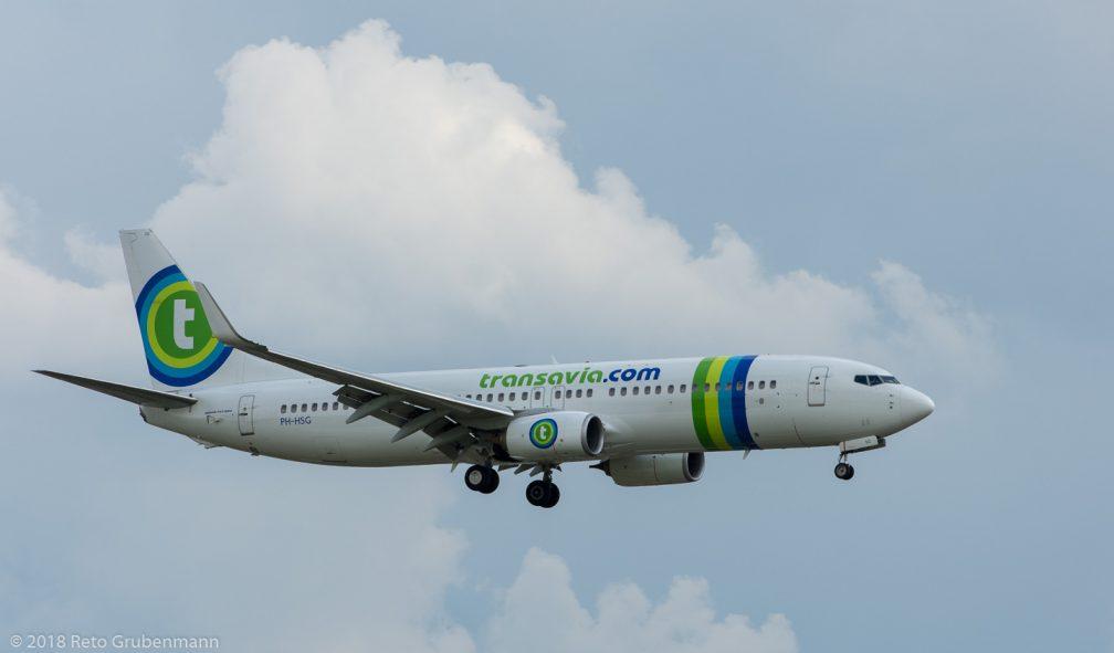 Transavia_B738_PH-HSG_ZRH180715