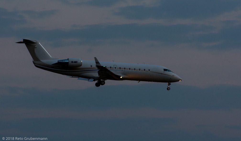 AirX_CRJ2_9H-AMY_ZRH180719