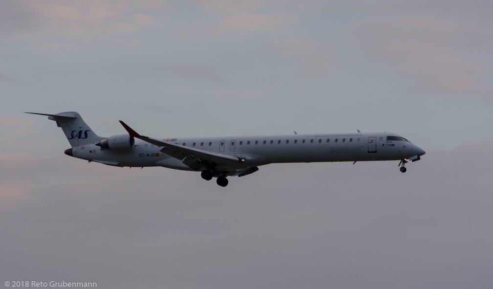 ScandinavianAirlines_CRJX_EC-MJQ_ZRH180722