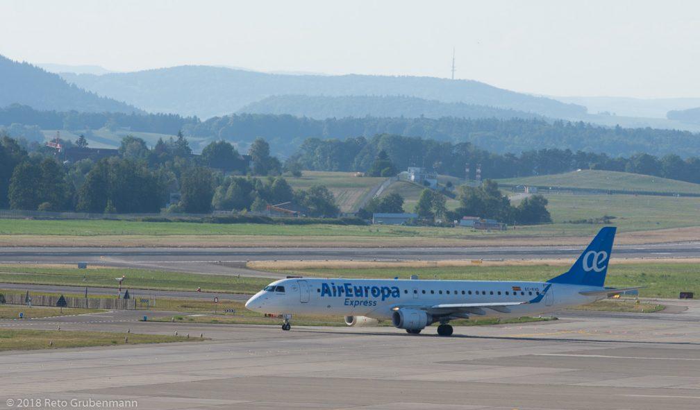 AirEurope_E190_EC-KXD_ZRH180726