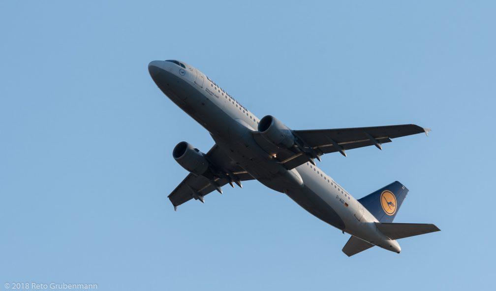 Lufthansa_A320_D-AIZI_ZRH180726