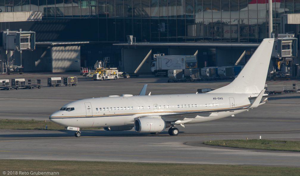RoyalJet_B737_A6-DAS_ZRH180726