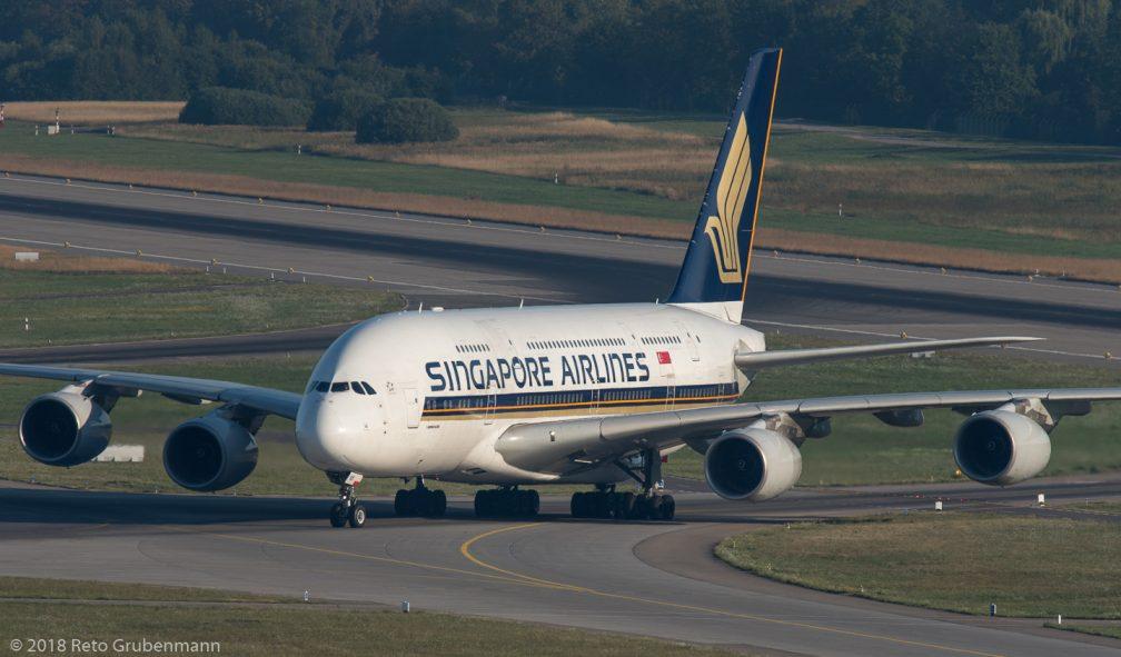 SingaporeAirlines_A388_9V-SKK_ZRH180726