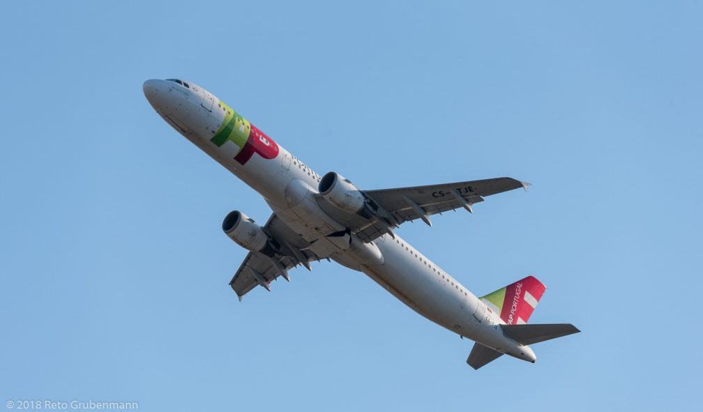 TAPPortugal_A321_CS-TJE_ZRH180726
