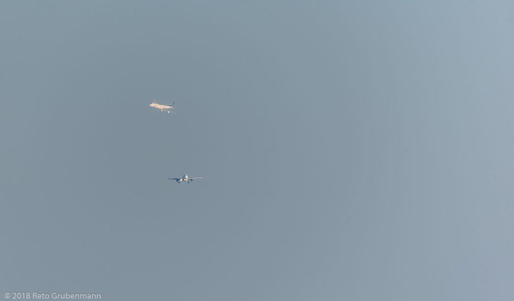 ThaiAirways_B744_HS-TGW_Swiss_A320_HB-IJH_ZRH180726