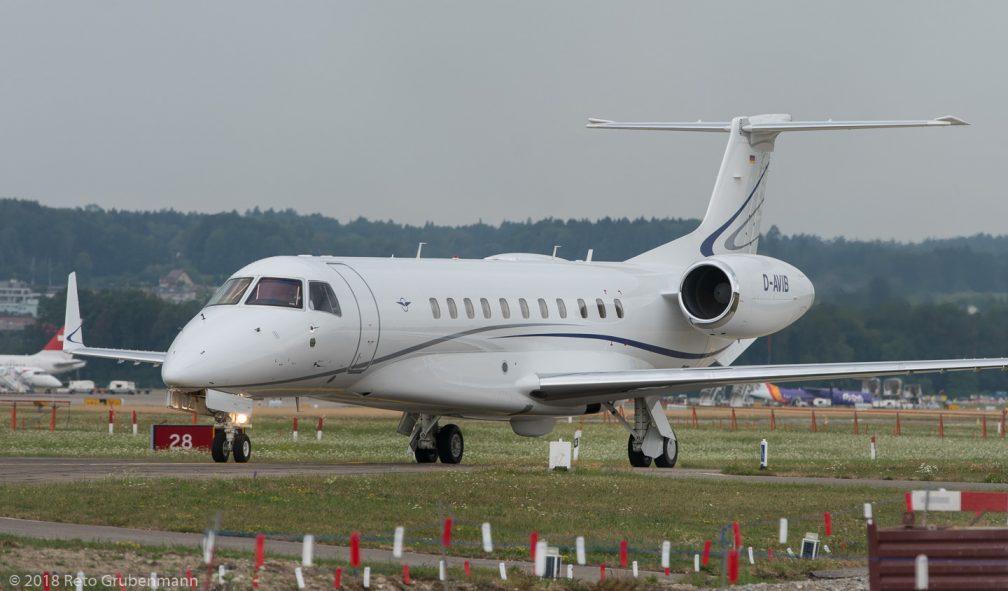 AirHamburg_E35L_D-AVIB_ZRH180728