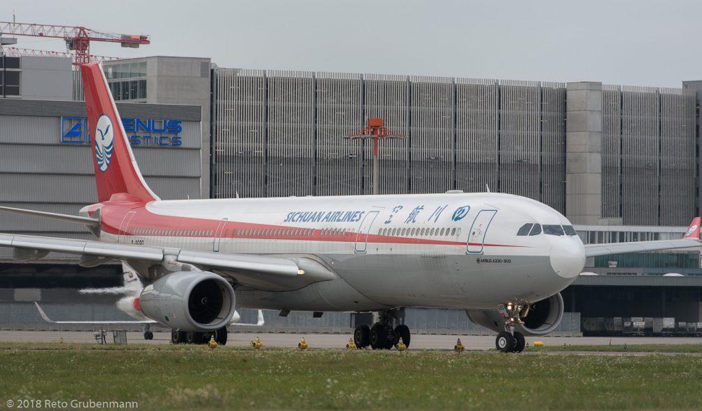 SichuanAirlines_A333_B-8690_ZRH180728