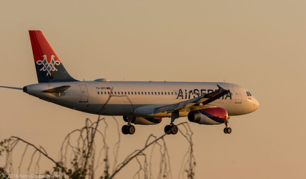 AirSERBIA_A320_YU-APG_ZRH180729