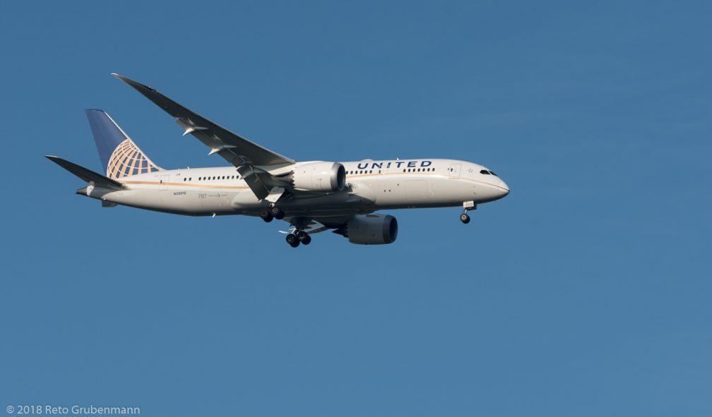 UnitedAirlines_B788_N28912_ZRH180729_01