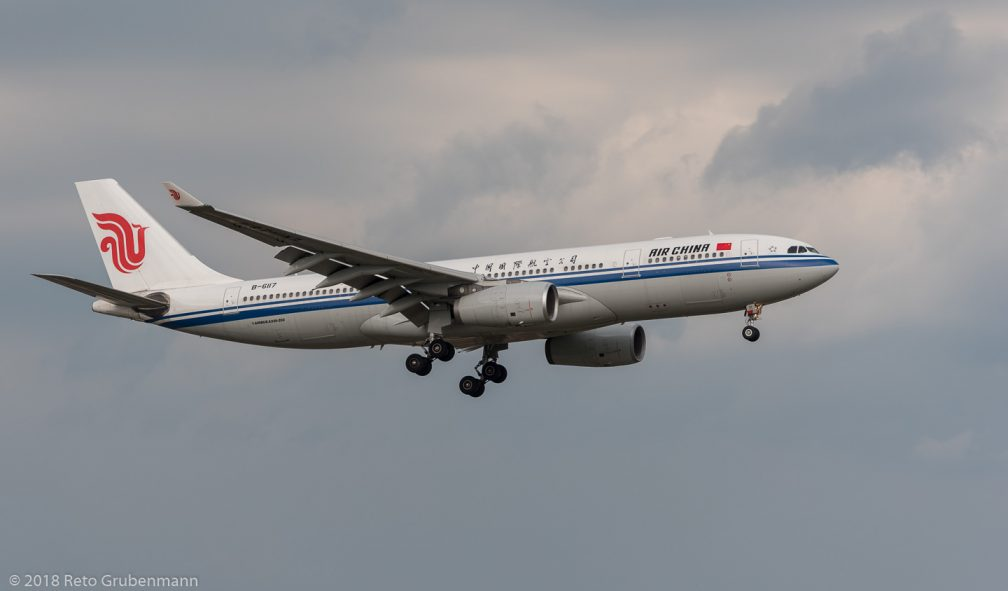 AirChina_A332_B-6117_ZRH180801