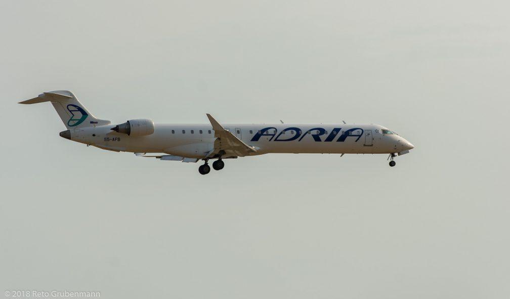 AdriaAirways_CRJ9_S5-AFB_ZRH180804