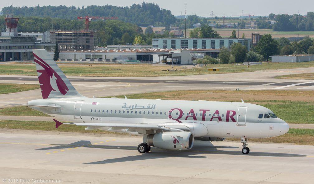 QatarAmiriFlight_A319_A7-HHJ_ZRH180805_02