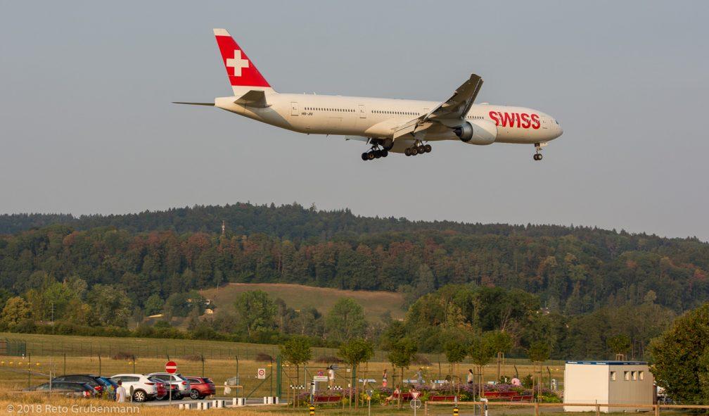 Swiss_B77W_HB-JNI_ZRH180805