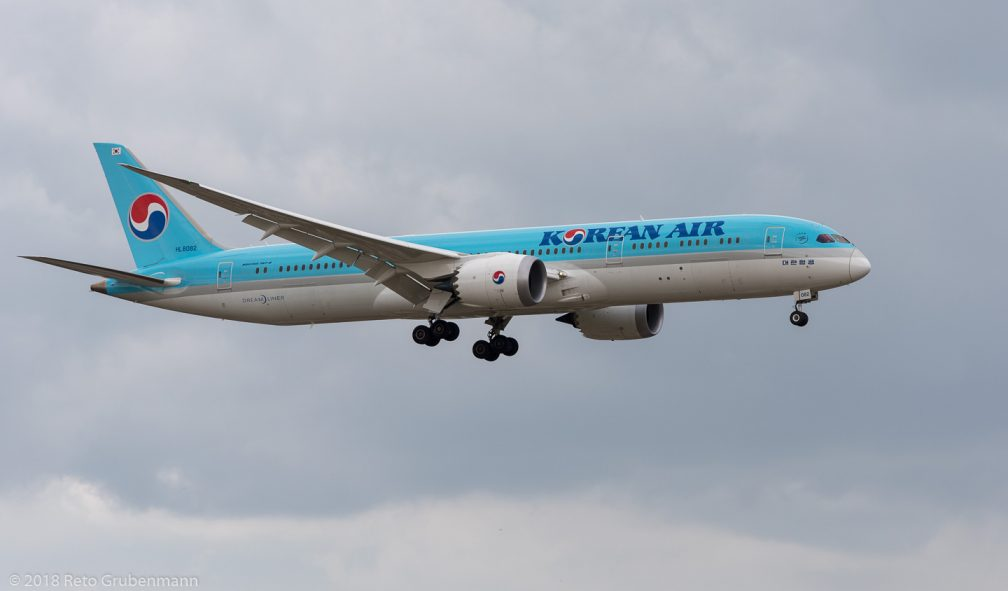 KoreanAir_B789_HL8082_ZRH180809