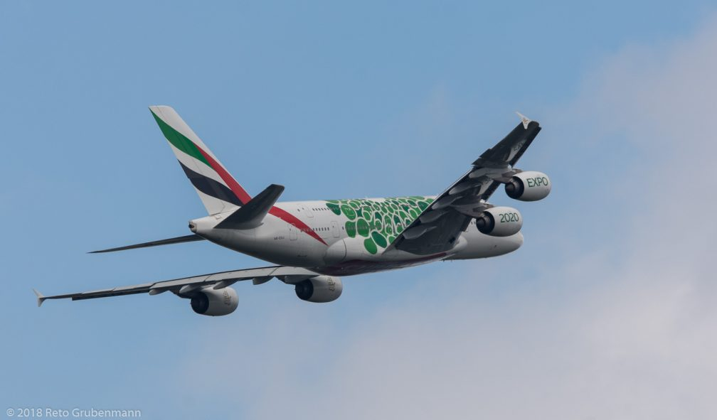 Emirates_A388_A6-EOJ_ZRH180810