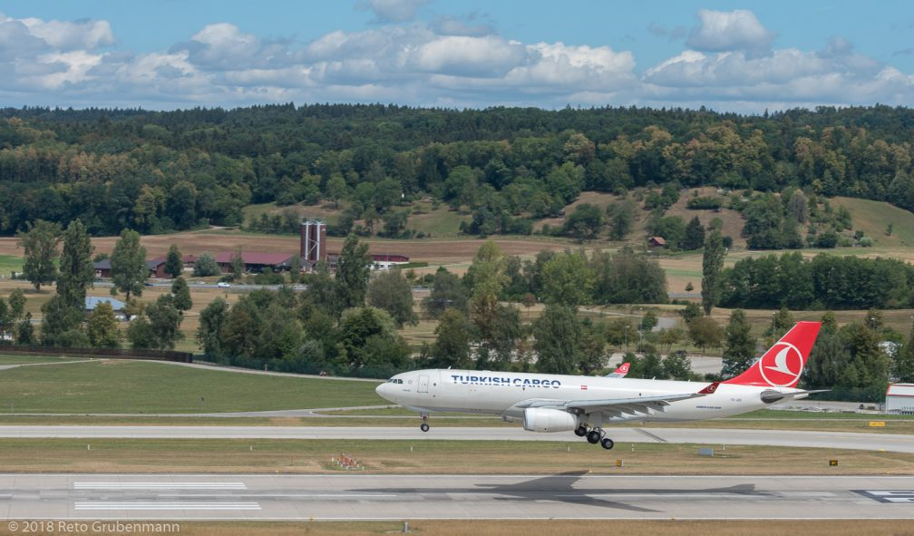 TurkishCargo_A332_TC-JDS_ZRH180811