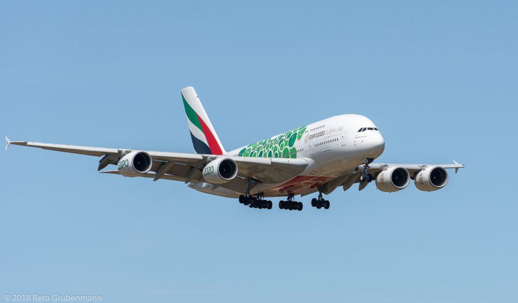 Emirates_A388_A6-EEW_ZRH180812_01