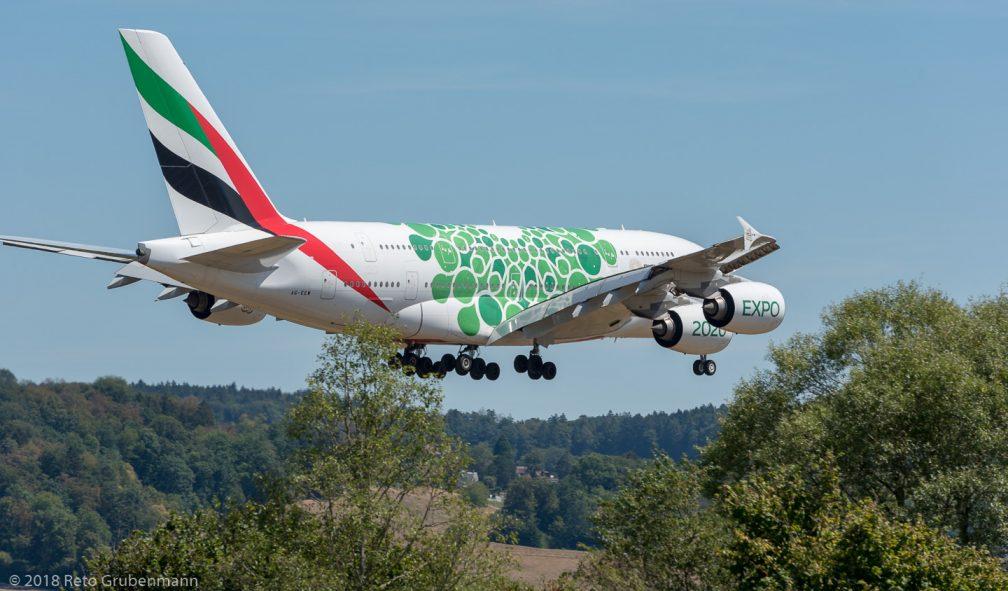 Emirates_A388_A6-EEW_ZRH180812_03
