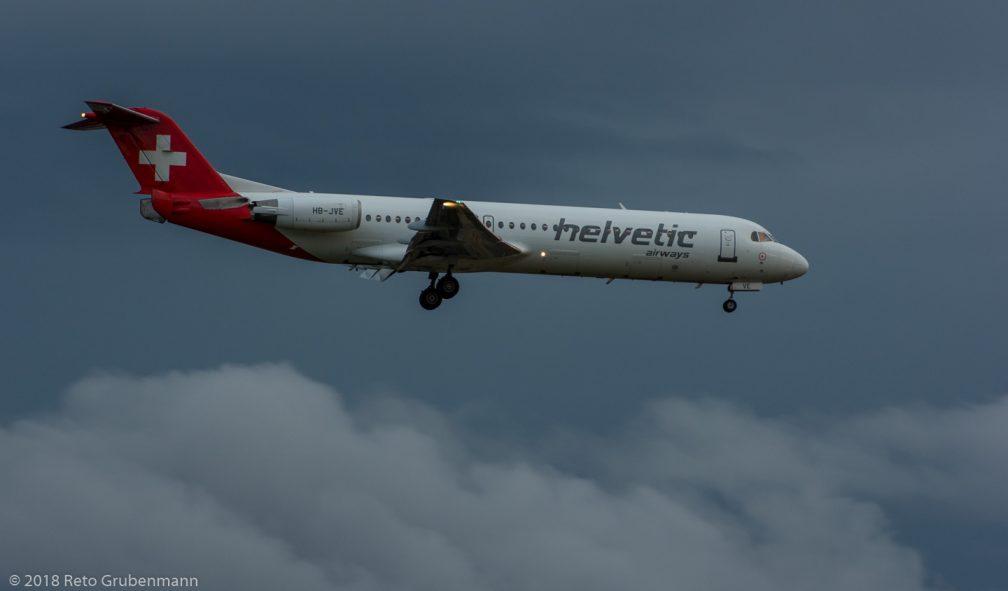 HelveticAirways_F100_HB-JVE_ZRH180825