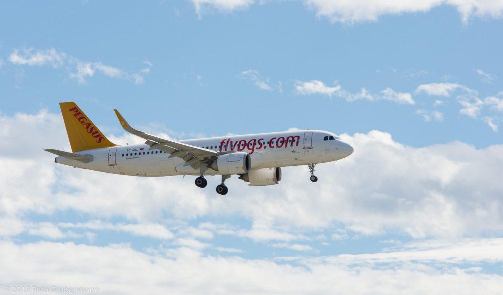 PegasusAirlines_A20N_TC-NBL_ZRH180923