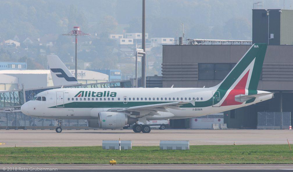 Alitalia_A319_I-BIMA_ZRH181018
