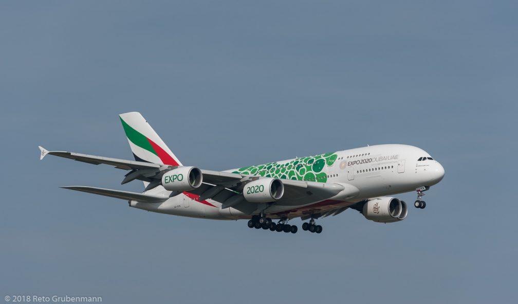 Emirates_A388_A6-EEW_ZRH181018_02