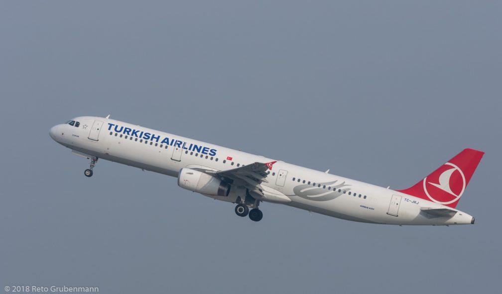 TurkishAirlines_A321_TC-JRJ_ZRH181018