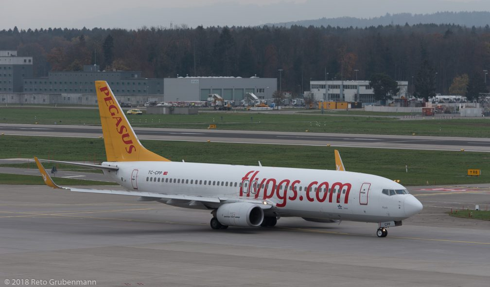 PegasusAirlines_B738_TC-CPP_ZRH181119