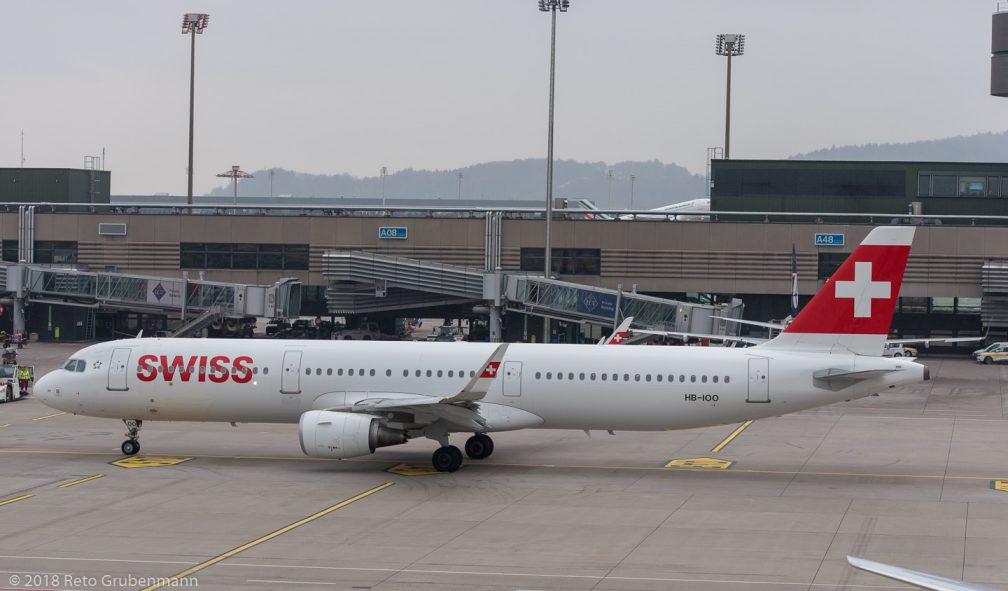 Swiss_A321_HB-IOO_ZRH181119