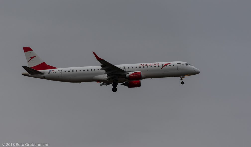 AustrianAirlines_E190_OE-LWN_ZRH181202