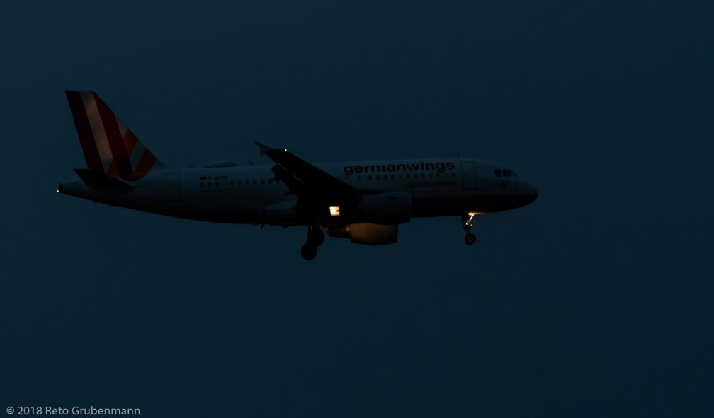Germanwings_A319_D-AKNI_ZRH181202