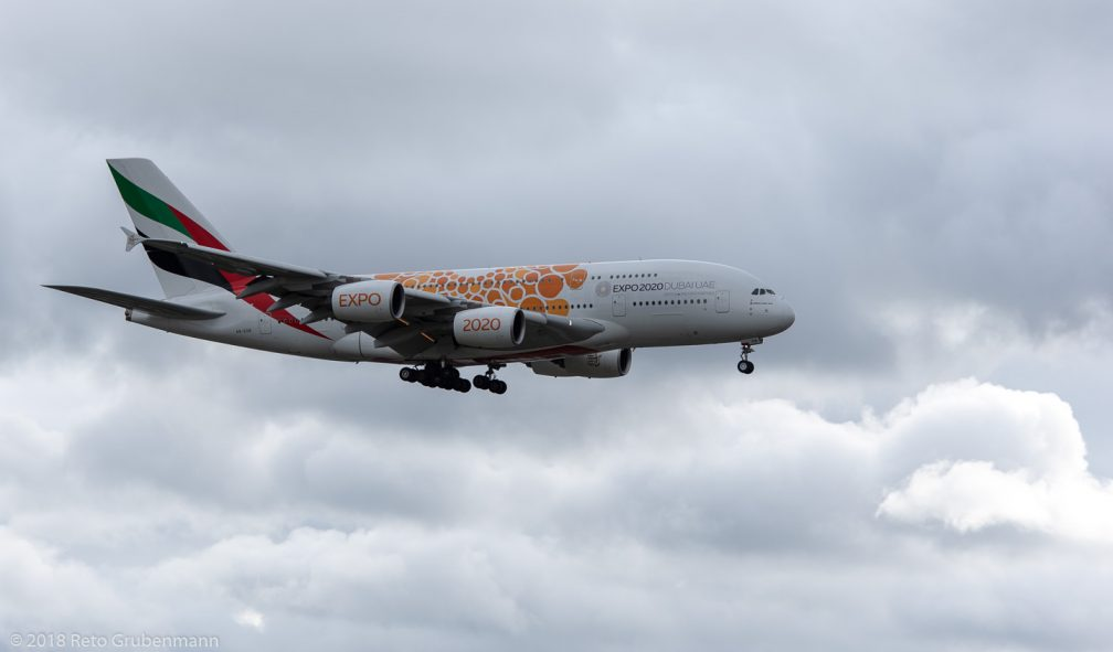 Emirates_A388_A6-EOB_ZRH181208