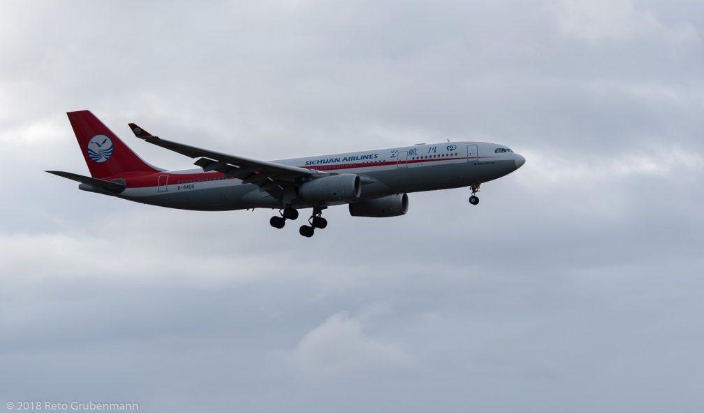 SichuanAirlines_A332_B-8468_ZRH181208