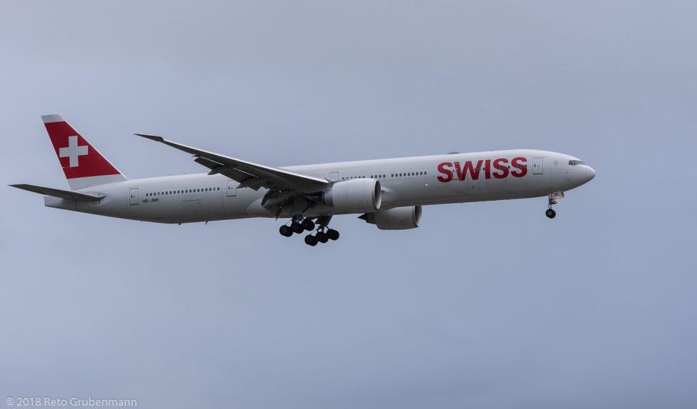 Swiss_B77W_HB-JNH_ZRH181208