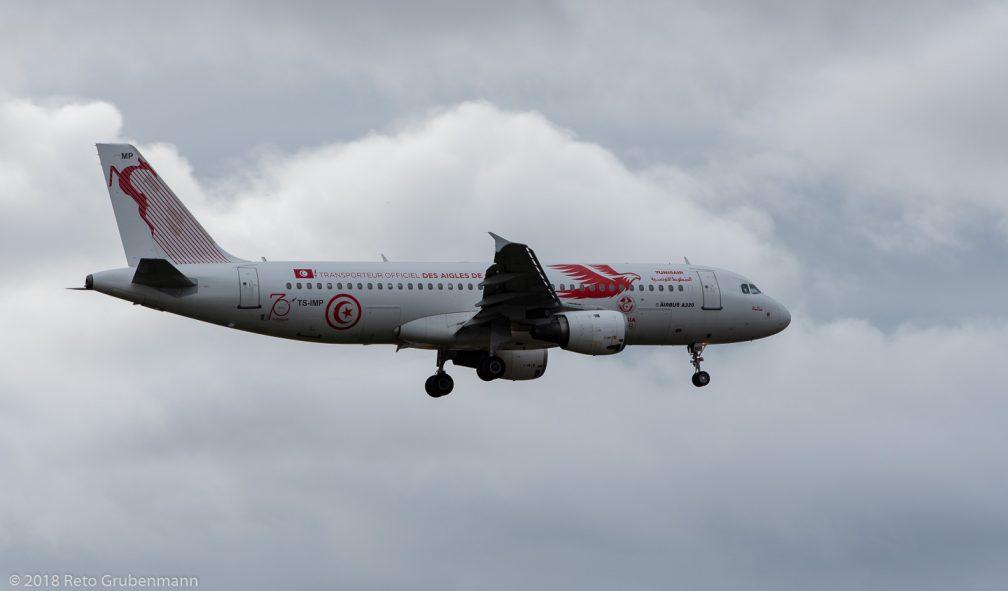 Tunisair_A320_TS-IMP_ZRH181208_02