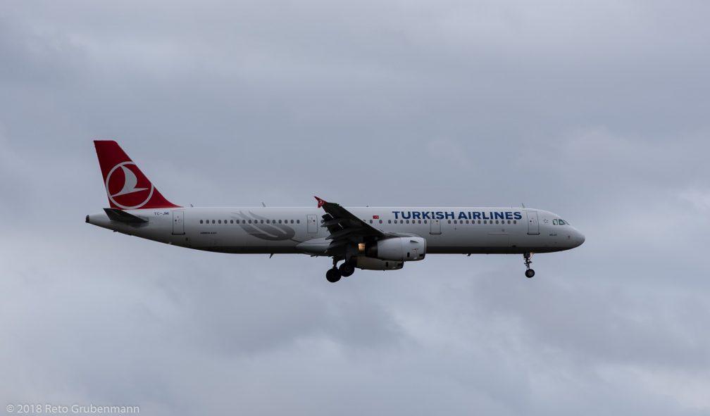 TurkishAirlines_A321_TC-JMI_ZRH181208