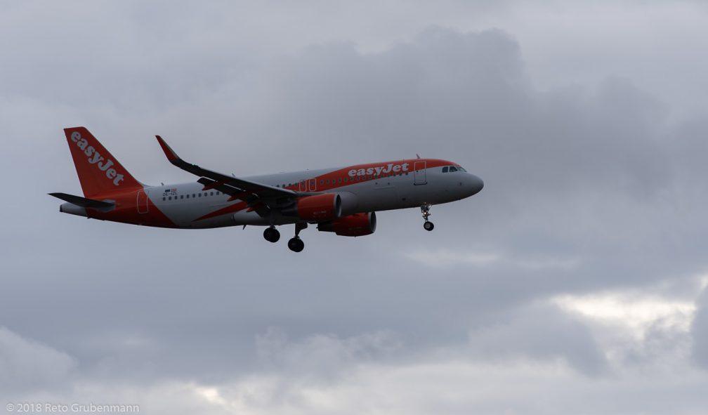 easyJetEurope_A320_OE-IZL_ZRH181208