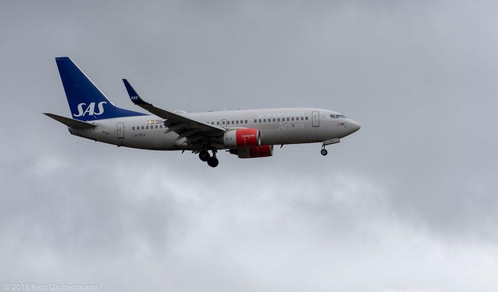 ScandinavianAirlines_B737_LN-RRA_ZRH181209