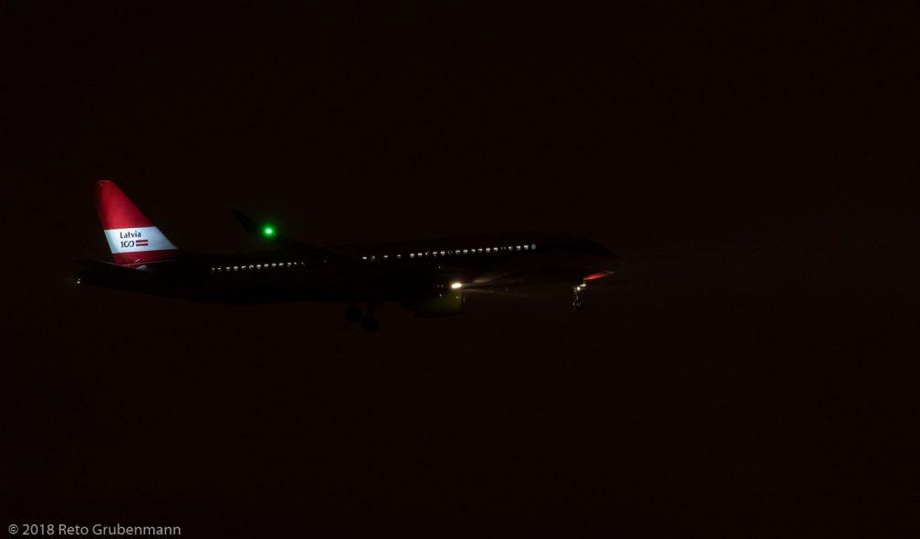 airBaltic_BCS3_YL-CSL_ZRH181209