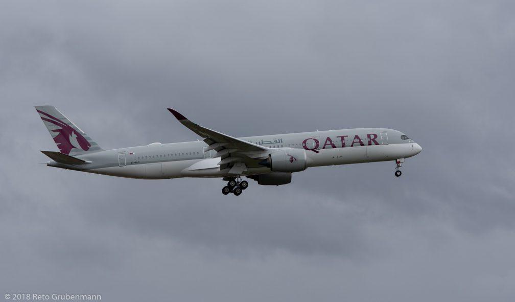 QatarAirways_A7-ALY_ZRH181222